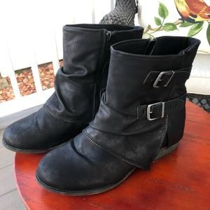 SO Crabapple Black Women's Ankle Moto Boots - 9.5